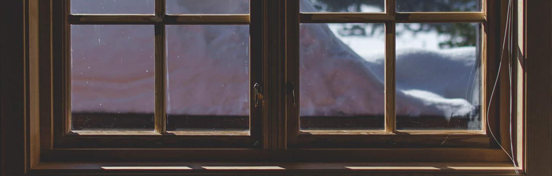 zimno od okna skad wieje od okna
